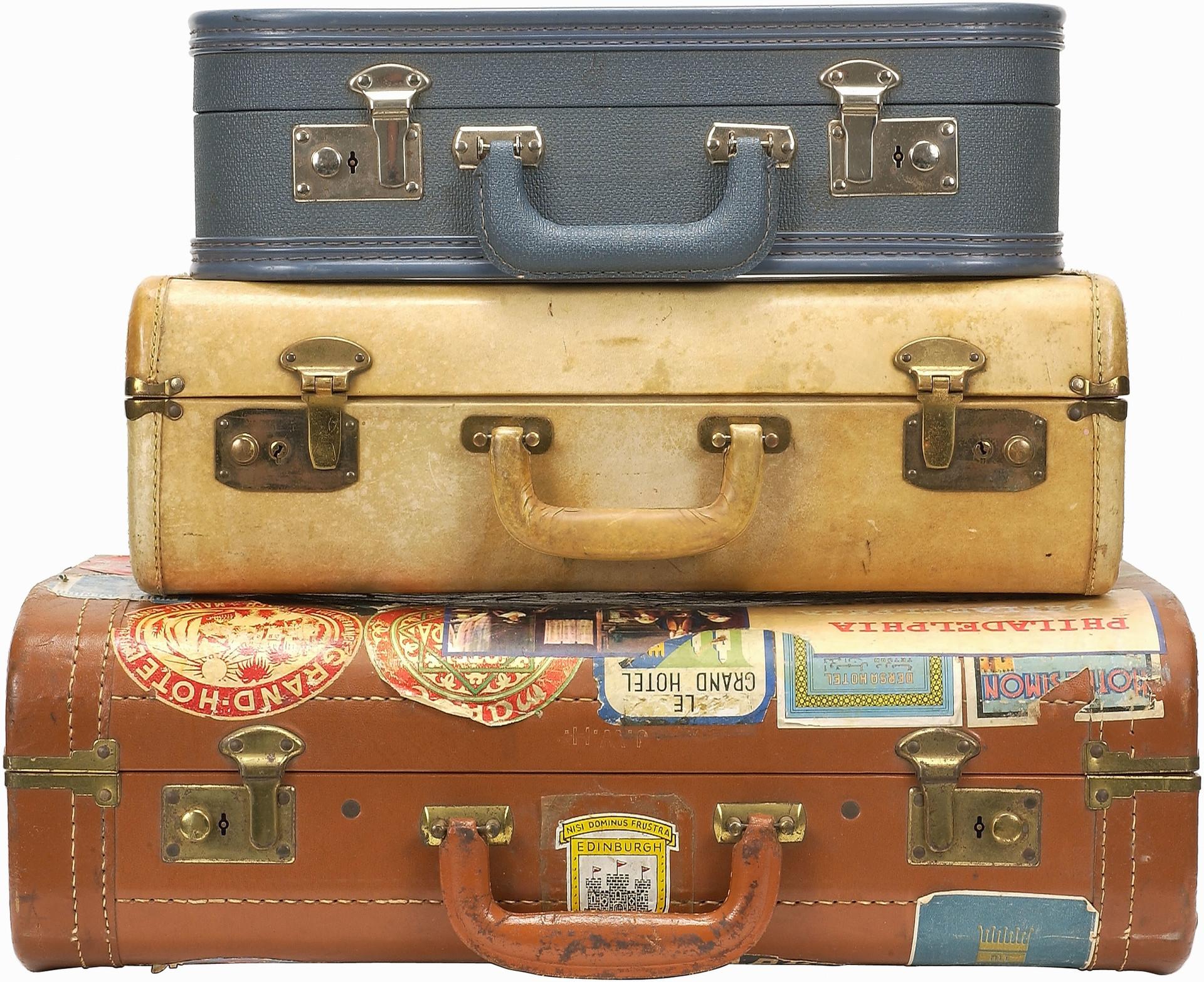 Trois valises empilées